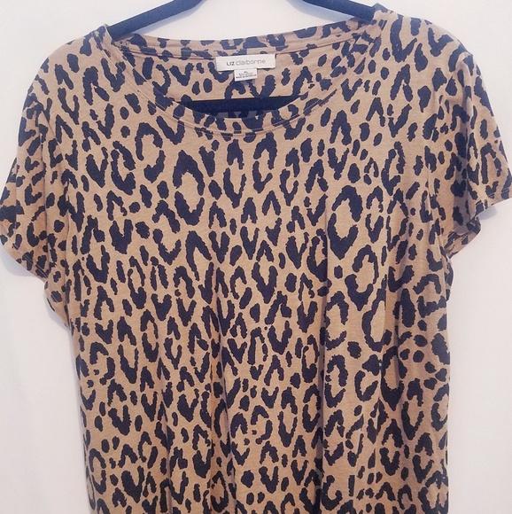 Liz Claiborne Tops - Short sleeve cheetah design top